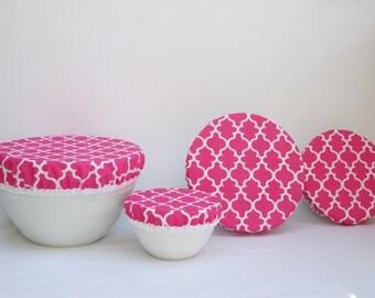 Cotton Fabric Bowl Covers - Sale - Set of 4 Bowl Covers - Lined Fabric Bowl Covers - Hot Pink and White Moroccan Lattice fabric.