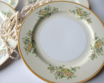 Vintage Floral Salad Plates Set of Four