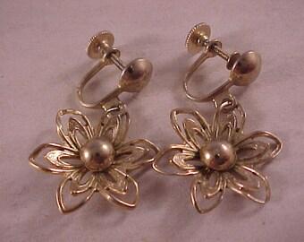 Screw Back Flower Earrings Gold Plated