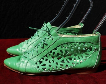 Vintage PRIVILEGE leather mesh GREEN booties ankle boots s38 USA 7 1/2 by thekaliman