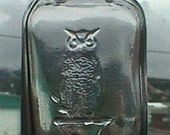 Pristine old OWL DRUG Co antique bottle w/ pic of owl on druggist's mortar