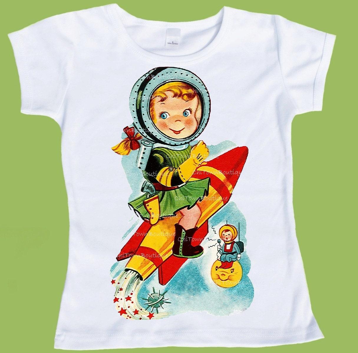 Retro Rocket Girl Space girl Astronaut Tee graphic