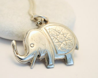 Vintage silver elephant pendant. Large elephant pendant. Sterling silver chain