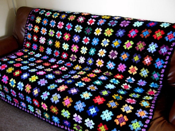 FLASH SALE 25% Off Vintage Retro Crocheted Granny Square BLANKET Afghan