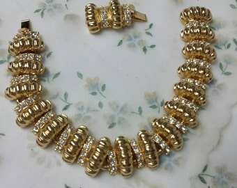 JBK Bracelet Camrose and Kross Reproduction 19kt Gold plate Mint Condition