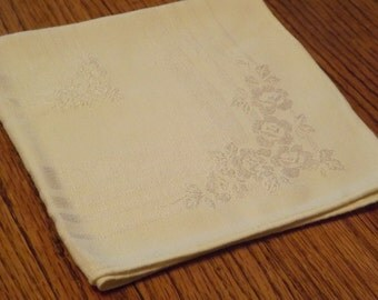 Damask Dinner Napkins  Ivory Color (set of 6)
