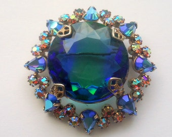 Unsigned Beauty.  Large Open Back Vitrail Art Glass Stone and Aurora Borealis Brooch