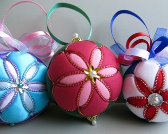 Christmas Ornament Tutorial - Pattern - Instructions - DIY - No Sew - Six Petal Flower