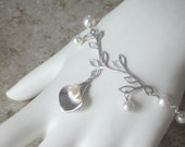 Silver Calla Lily Pearl Branch Bracelet Wedding Bridal Party Jewelry Gift Adjustable