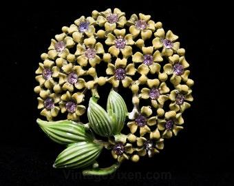 Spring Green Flower Buds Circle Pin - 1960s Flowerets - Dandelion Puff - Rhinestones - Round 60s Brooch - Avocado - 44323