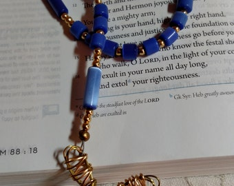 R023 Blue Glass Catseye Traditional Catholic Rosary