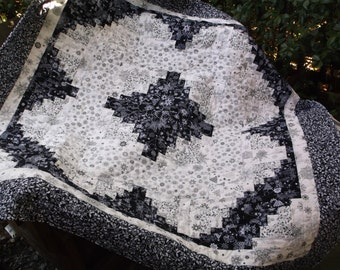 Black and white log cabin quilt patchwork quilt