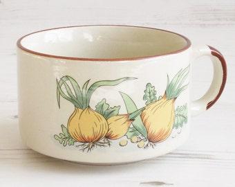 Vintage soup cup  - onion soup mug handle Large