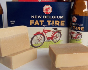 2 or 3 Beer Soaps made with FAT TIRE approx 4oz each Made to look like a pint of Beer with a head. Each wrapped. Guy Man