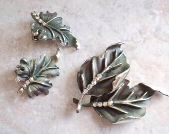 Green Leaf Brooch Earring Set BSK Dark Enamel Rhinestone Vintage V0030