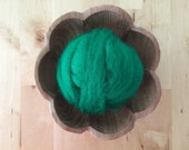 Wool roving supply for needle felting, Kelly Green, 1 ounce, wool feltmaking supply, bright green roving for DIY needle felting projects