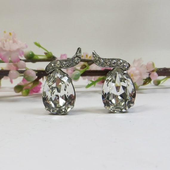 Vintage Clip Earrings, 1980's Crystal Rhinestone Clip On Earrings, Ice Clear Foiled Vintage Crystal Earings, Crystal Silver Clip Earrings
