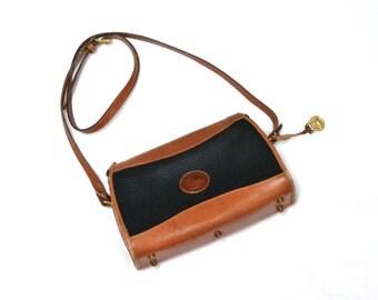 80s Vintage Dooney & Bourke Bag Purse// Navy leather shoulder bag // Pebbled leather purse handbag
