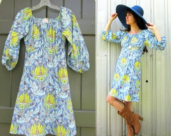 Vintage Floral Dress 1970s Cotton Bold Blue Print Flower Power size small