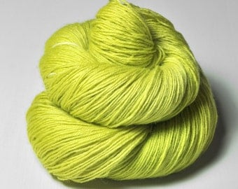 Splitted lime - BFL Sock Yarn Superwash