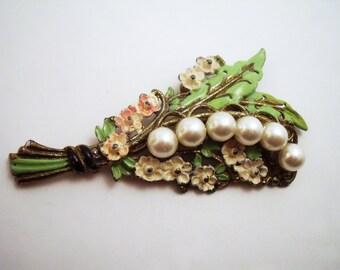 Enamel flower brooch with faux pearls circa 1940