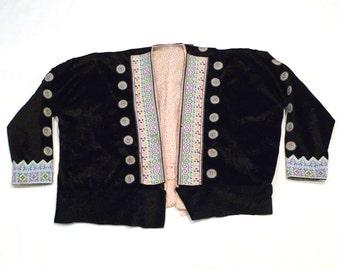Hmong Black Velvet Jacket Vintage Chang Mai Thailand Embroidered Festival Jacket Needlepoint Embellished Top Shirt Embroidery Open Front