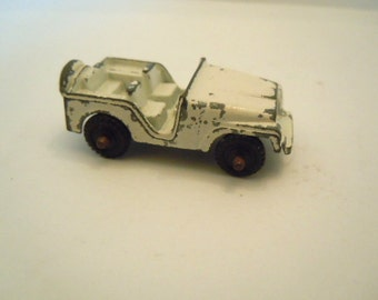Midge Toy White Jeep