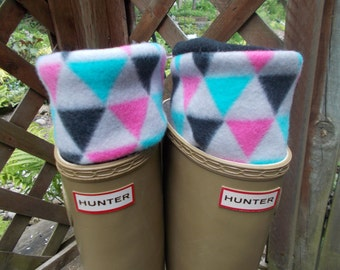 New Fleece Rain Boot Liner, Geo Multi Colour Cuff with Black Sock,Tall  Boots, Boot Accessories,Fashion, Rain, Size Med/Lrg 9-11 Boot Size