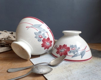 Old french 2 cafe au lait bowls red flowers patterns