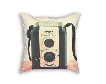 Camera Pillow Case, Vintage Camera Pillow Cover, Retro Camera Pillowcase, Pink and Black Decor, Camera Art Pillow, Camera Gift, Camera Decor