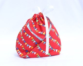 Origami Gift Bag - Robert Kaufman The Circus Red Bunting