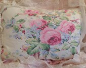 Vintage RALPH LAUREN pillow cover with large cabbage roses SHABBYcolors
