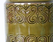 CLOSING DOWN SALE - 50% Off Vintage Irish Earthenware Container by Celtic Connemara