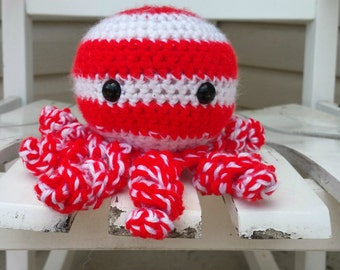Red and white striped octopus amigurumi