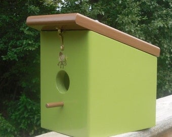 Hungry Monkey Eden Chestnut Hanging Birdhouse Handmade