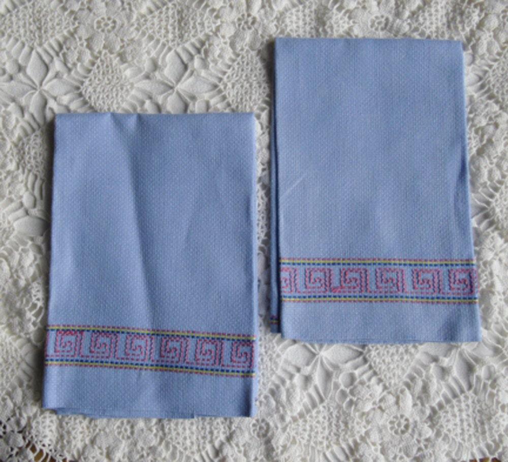 Vintage Towels: Vintage Towels Hand Towel Pair Guest Towels Swedish Needle