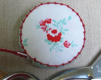 Milk, Sugar & Flower for Penny Rose Fabrics Retractable tape measure, covered with fabric