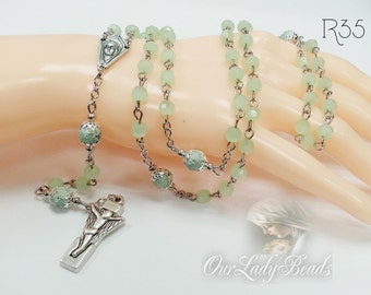 Rosary,Green Glass Faceted Beads Rosary,Rosaries,Religious Jewelry,Catholic Jewelry,Confirmation,First Communion,Bridal,R35