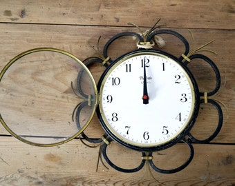 French Vintage modern wall metal clock electronic battery