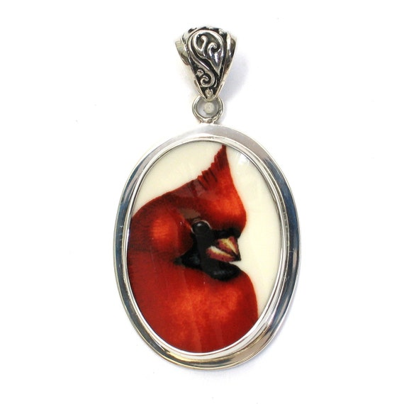 Broken China Jewelry Winter Greetings Cardinal Red Bird Right Facing Sterling Oval Pendant