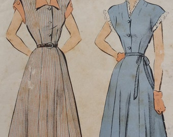 1940s Advance Button Front Dress with Collar and Cuffs Sewing Pattern 4894, Size 12, Bust 30
