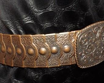 VIntage Metal Belt. Art Nouveau Look. Vintage 70s 80s. Bronze Tone. 25 to 32 waist