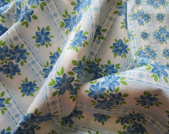 1 Yard Vintage French Fabric Blue Daisies Stripes Green Leaves Unused for Patchwork Quilting, Lavender Bags Feedsack