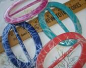 "Colorful Plastic Buckle Scarf Slide set Oval 4 colors craft sewing t-shirt slide 2.75"" opening novelty ribbon tshirt slide embellishment"