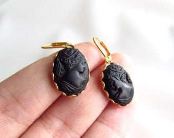 Black Cameo Earrings, Vintage Cameo Earring, Victorian Cameo Earring, Mourning Earring, Black Glass Cameo Victorian Earring Mourning Jewelry