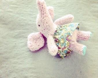 Little Ele - knitting pattern