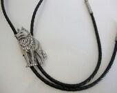 Bolo Tie, Western Bolo Tie, Bolo Tie with Silvertone Metal Coyote or Dog, Vintage Bol Tie, Arizona Bolo Tie
