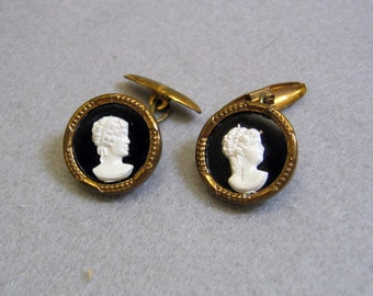 Vintage Black and White Cameo  Cuff Links