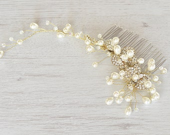 Wedding Pearl Hair Piece, Gold Vine hair piece, Bridal Hair Comb, Vintage wedding, Large Pearl Comb, Bridal Hair Accessory, Gold vine crown