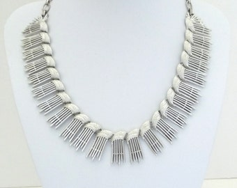 Sarah Coventry Simply Elegant Silver Choker Necklace